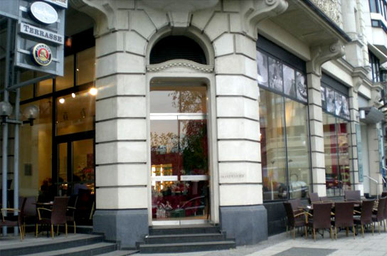 Dating cafe wiesbaden